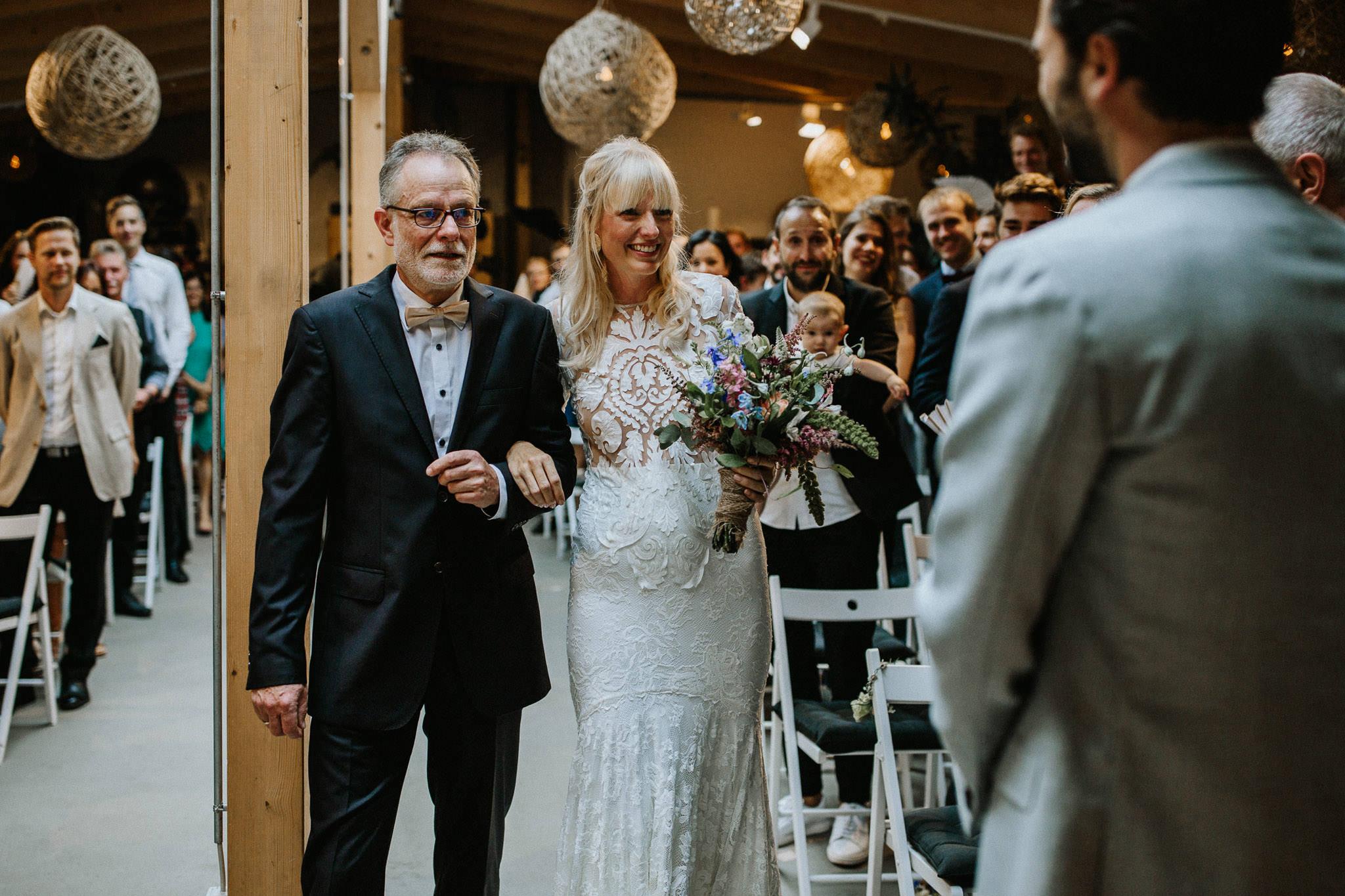Boho Hochzeit in der Alten Schmiede Berlin - Old Smithys Dizzle Hochzeitsfotograf